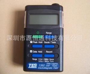 台湾泰仕TES-1392电磁场强度测试仪