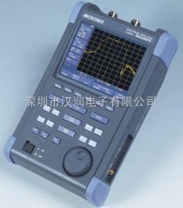 MSA438TG 50kHz至3.3GHz MSA438TG(带跟踪源)手持式频谱分析仪