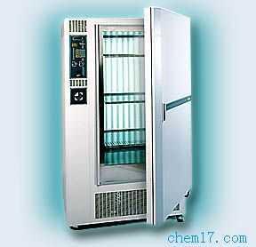 KB8400F型 恒温恒湿箱