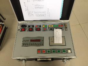 500A智能断路器特性测试仪