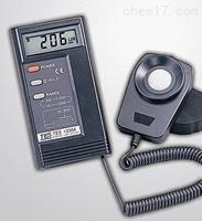 TES-1332A 数字式照度计